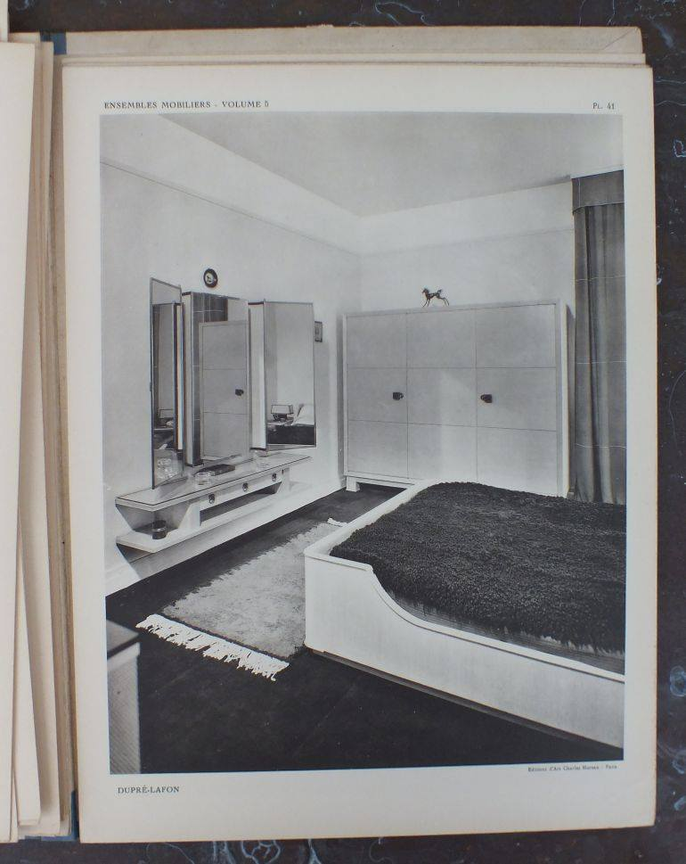 Image from Ensembles Mobiliers, Volume 5. Interior by Dupré-Lafon. Publication created by Charles Moreau.