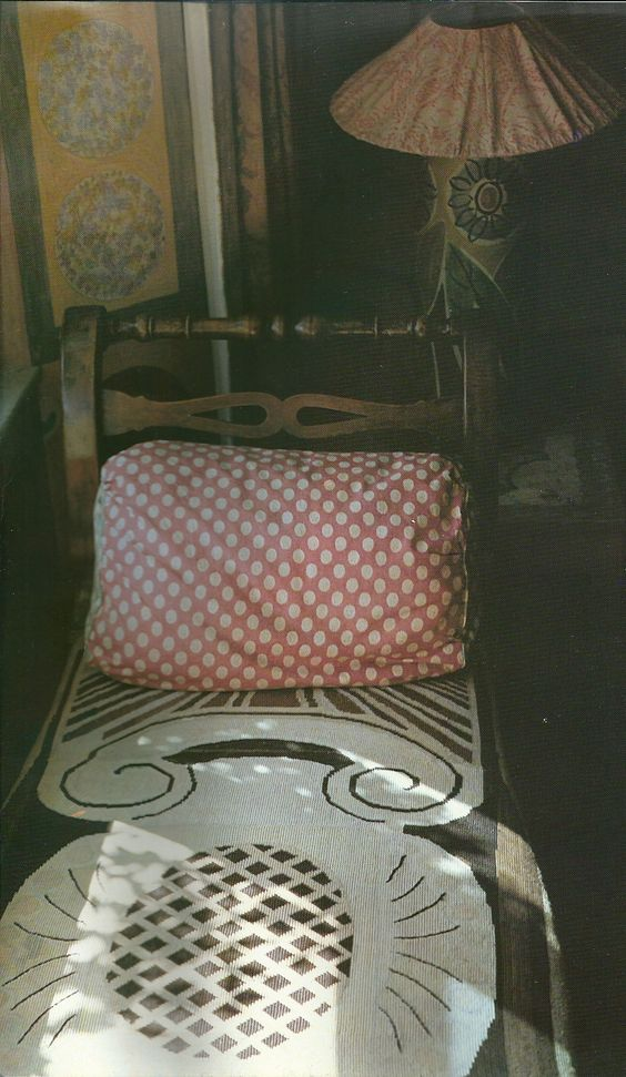 day bed in the bedroom of duncan grant