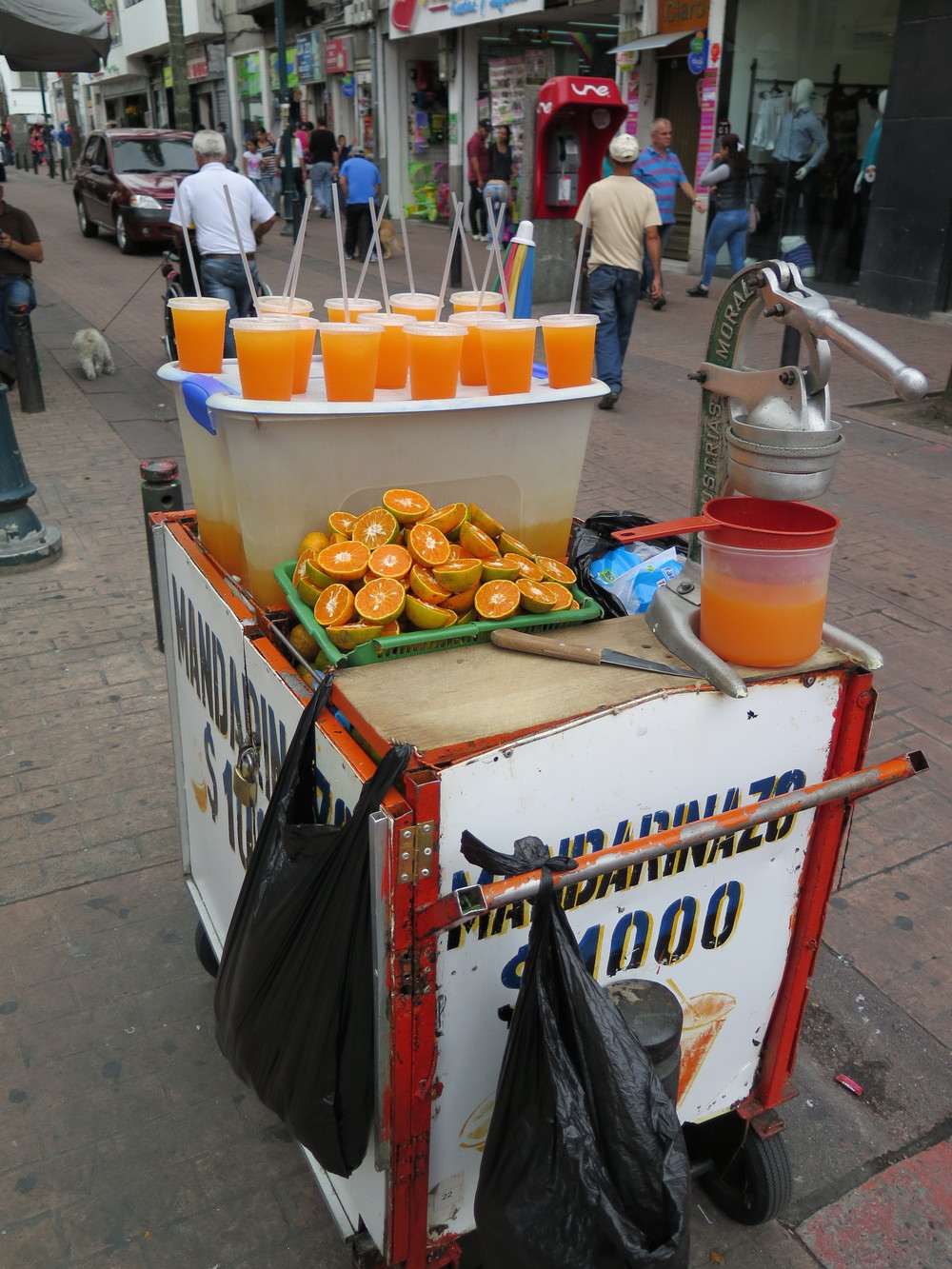 Mandarinazo: the best street juice