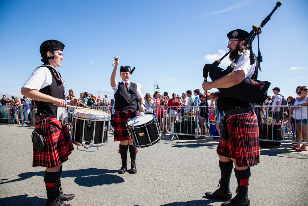 Bagpipers open day 2.jpg