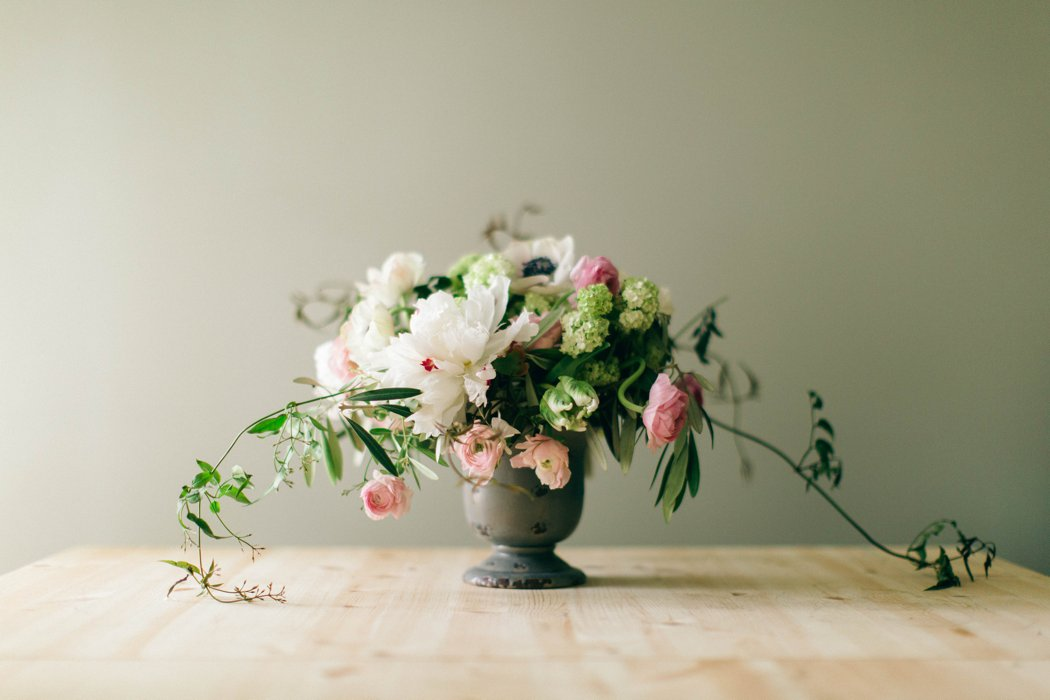 Romantic Classic Flowers_Amanda Burnette_Glamorous Wedding_Nikki Santerre Photography_ Richmond Florist_0006.jpg