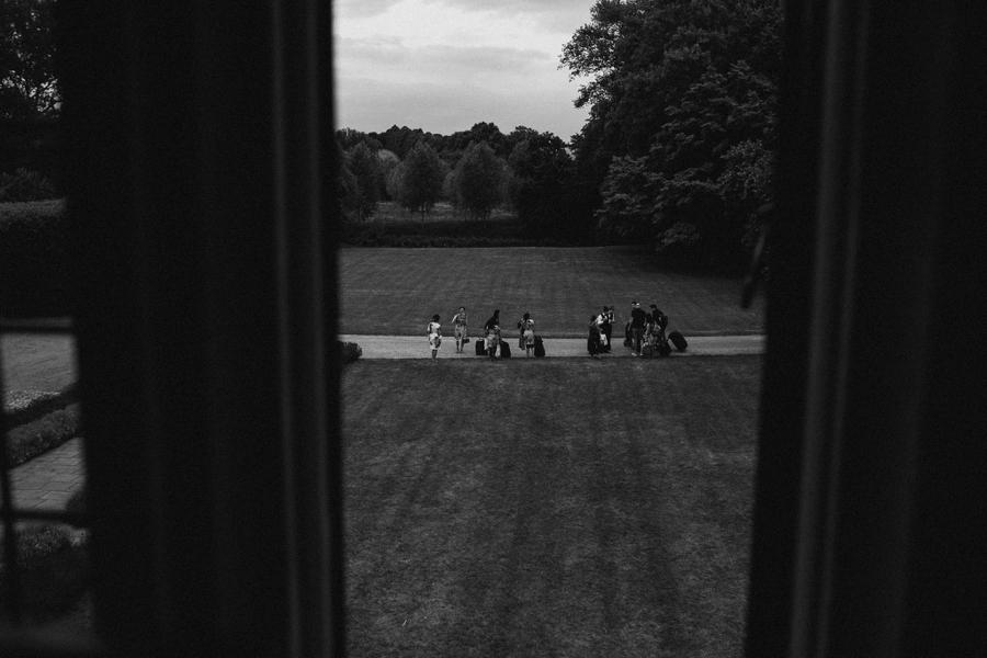 Notley-abbey-buckinghamshire-england-wedding-abi-q-photography--103.jpg