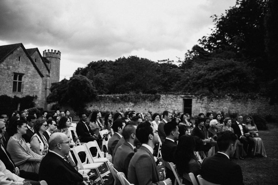 Notley-abbey-buckinghamshire-england-wedding-abi-q-photography--148.jpg