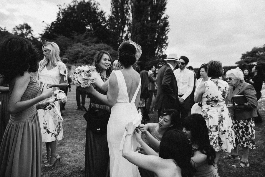 Notley-abbey-buckinghamshire-england-wedding-abi-q-photography--162.jpg