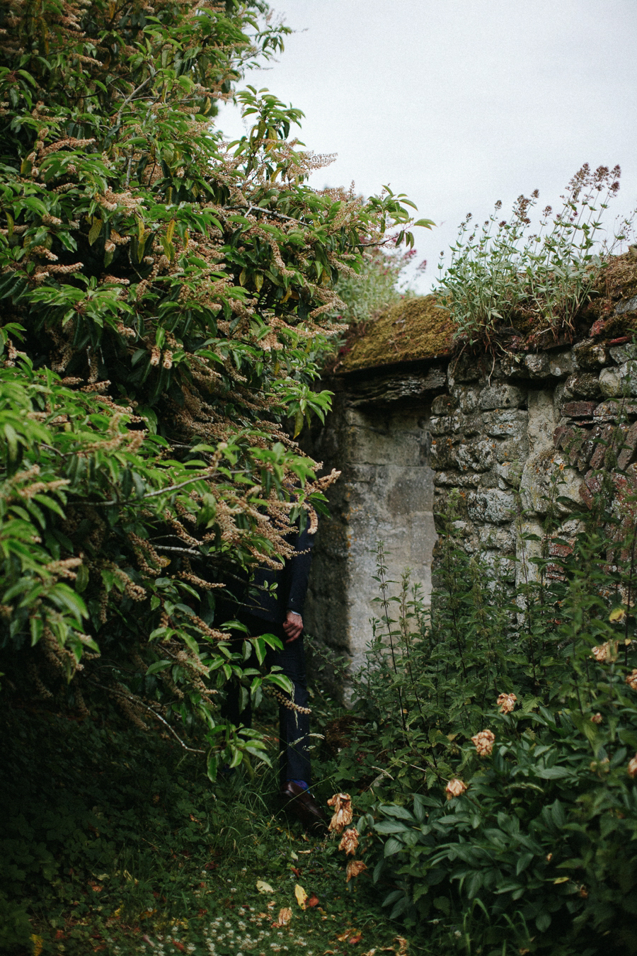 Notley-abbey-buckinghamshire-england-wedding-abi-q-photography--170.jpg