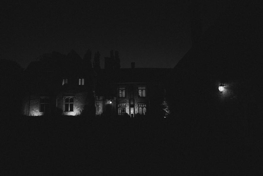 Notley-abbey-buckinghamshire-england-wedding-abi-q-photography--203.jpg
