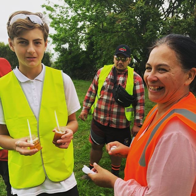 Honey tasting with Juanita from @plantandfood. . . . #careers #careersinhorticulture #honey #beehives #horticulture #cultivateyourcareer #opotiki
