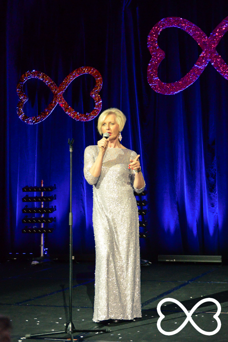 Cate McGregor performs at Lip-Sync Duels.  Photograph by Jeffrey Feng Photography for SGLMG.