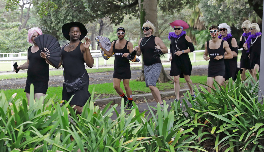 ann-marie calilhanna- little black dress run @ centennial park_1664.JPG