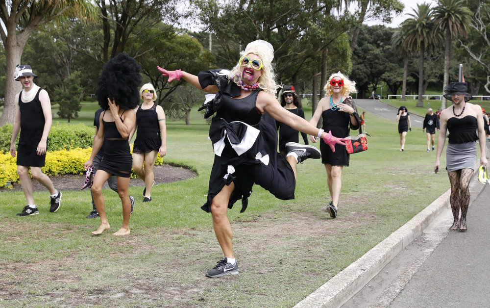 ann-marie calilhanna- little black dress run @ centennial park_1853.JPG