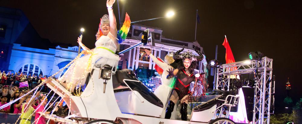 2017 Mardi Gras Parade - photo Hamid Mousa