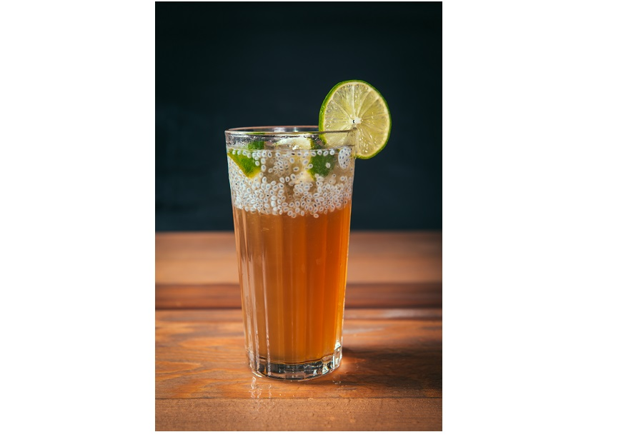 手作飲品 飲み物 - 獨家研發健康養生飲品,招牌桂圓木耳汁及牛蒡養生茶,天然萃取木耳及手工現磨牛蒡可降低膽固醇,更能提升免疫功能幫助增強身體機能