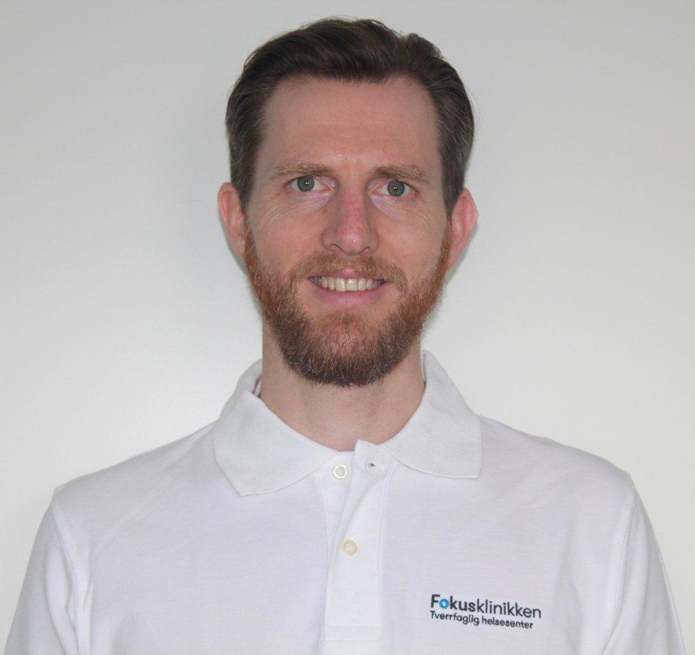 Vi ønsker massør Tom Stephan Jensen velkommen til Fokusklinikken Vinderen.
