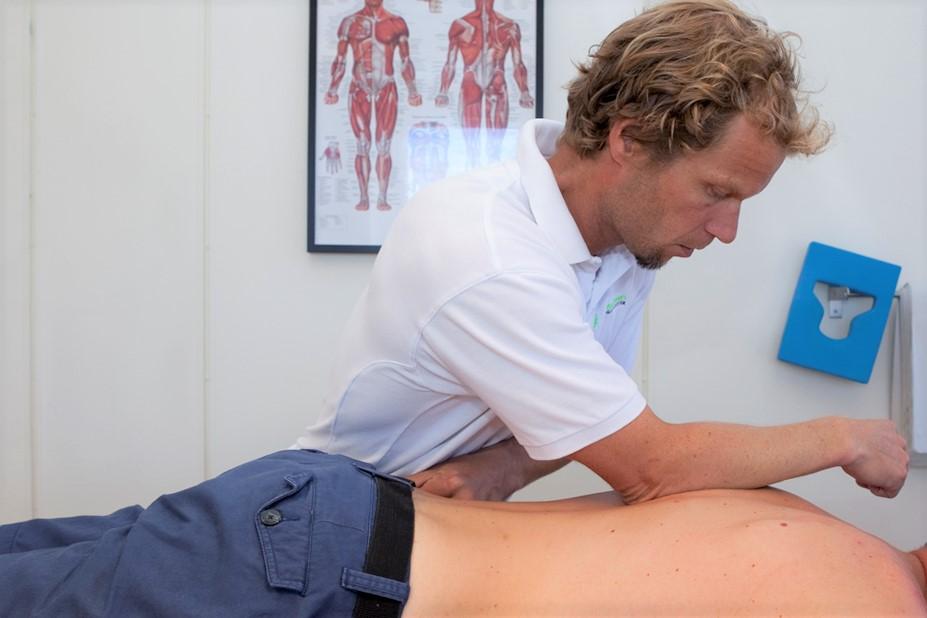 Fokusklinikken økern søker dyktig massør/massasjeterapeut. FOTO: Fokusklinikken