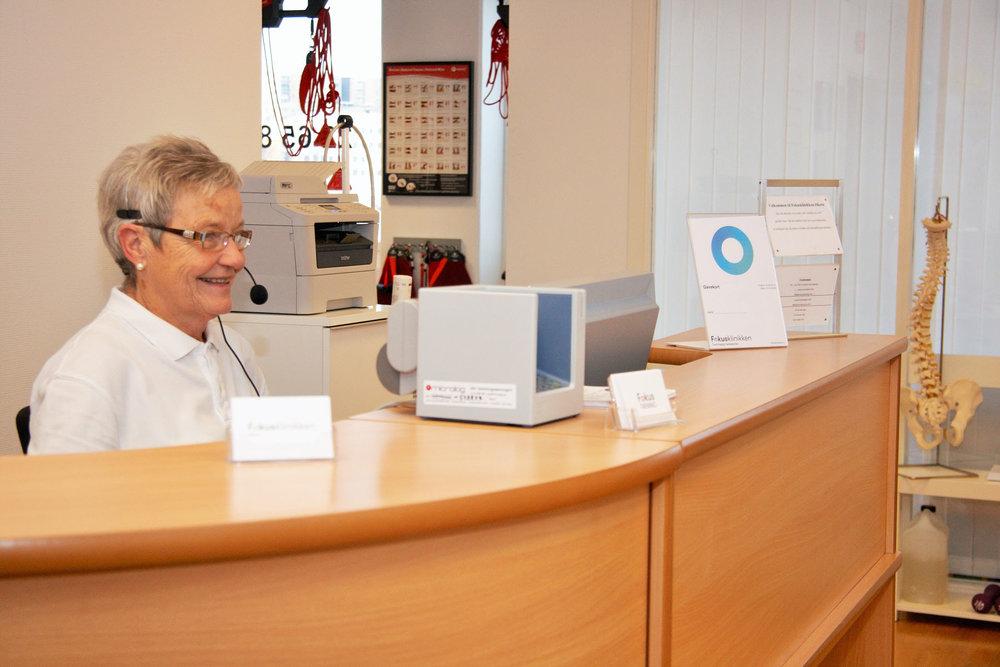 Klinikken har 5 behandlingsrom og et treningsrom. For timebestilling  kontakt oss  på 22 65 88 88, eller benytt vår  online booking