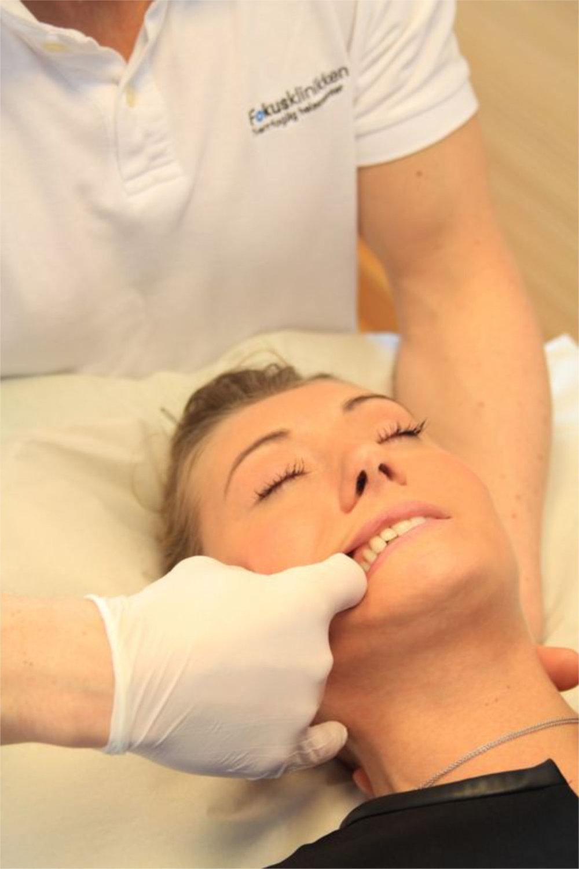 Massørene på Fokusklinikken tilbyr et bredt spekter av behandlingsteknikker, til pasienter med kjeve- og kjeverelaterte plager. FOTO: Fokusklinikken