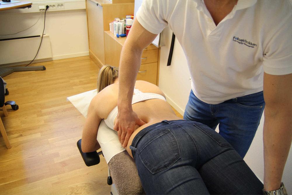 Spinal stenose skyldes ofte påleiringer (slitasjeforandringer).