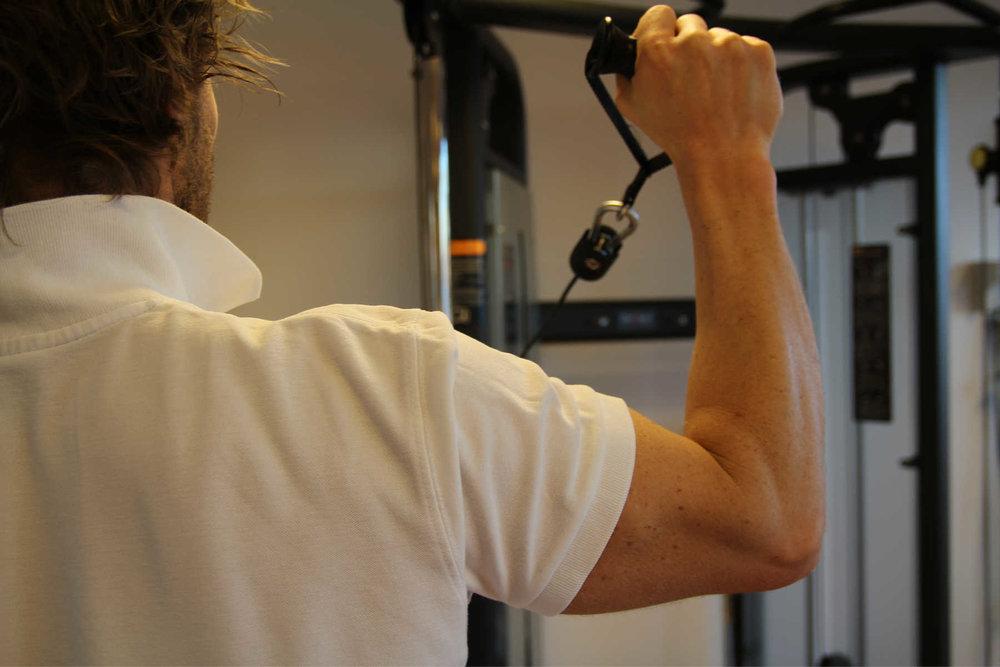 Hyppigste årsak til muskelsmerter er over- eller feilbelastning av muskulaturen.