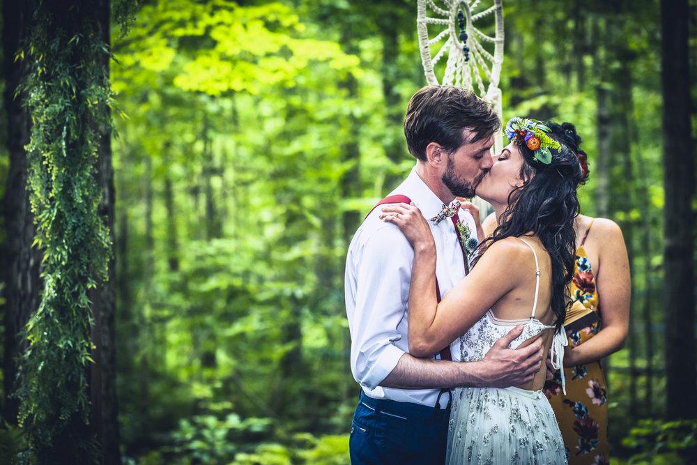Larissa & Chris' wedding in Perth, Ontario