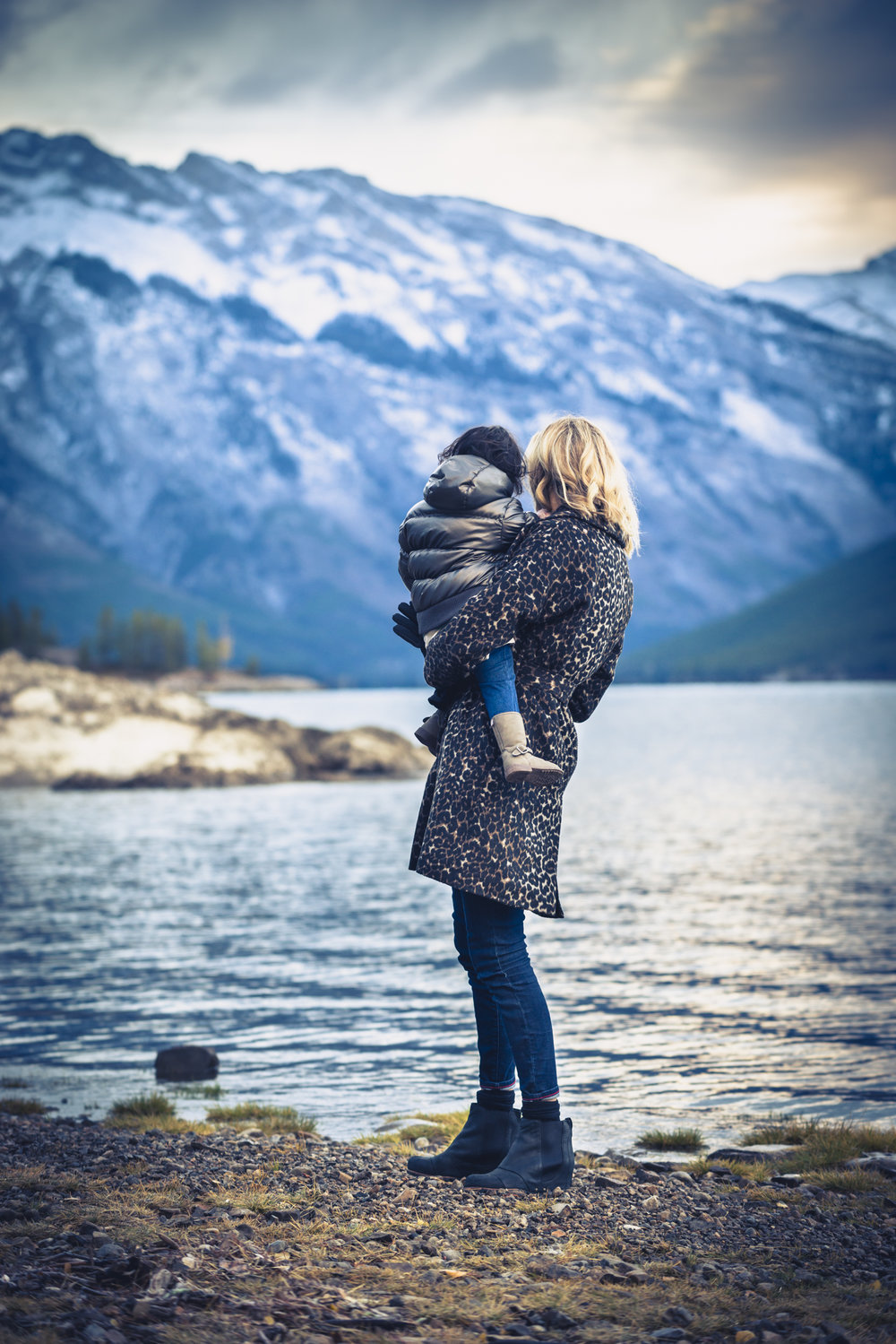 Rachel, Miraj & Charlotte's family session at Lake Minnewanka in Banff National Park.