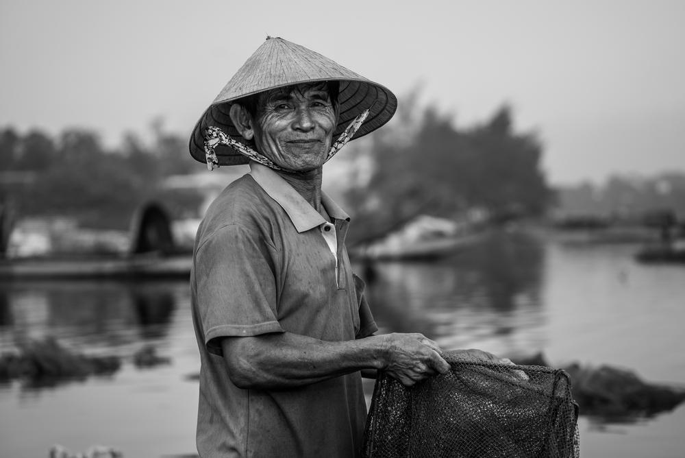 Fisherman. Tam Giang Lagoon. Vietnam