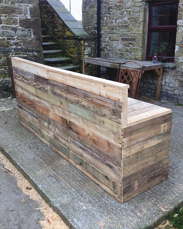 Large reception desk we made for a company up in London. Made it flat pack furniture style so we could send it all neatly stacked up on a pallet.