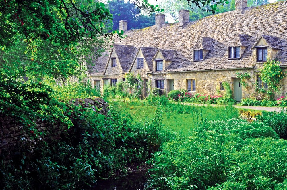 Arlington Row, Bibury edit copy.JPG