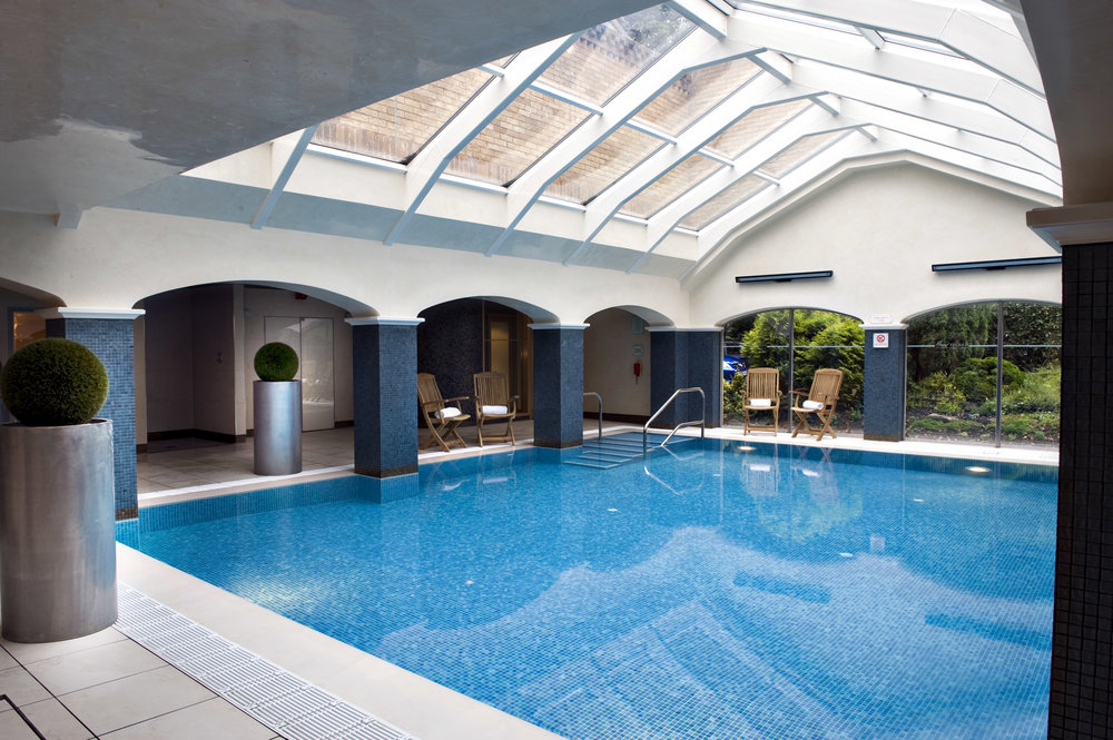 EPH_swimming pool (non spa hotel).jpg