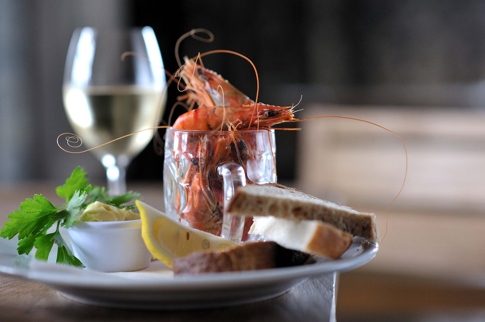 Pint of prawns - Copyright davidgriffenphotography.co.uk.jpg