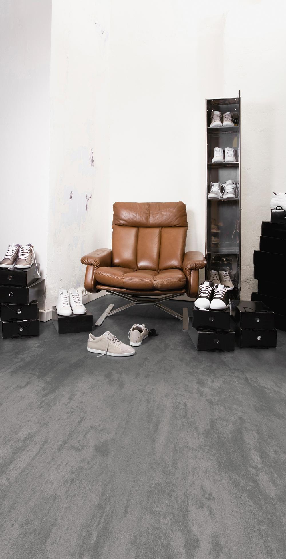 CF 9856 Cool Concrete Retail.jpg