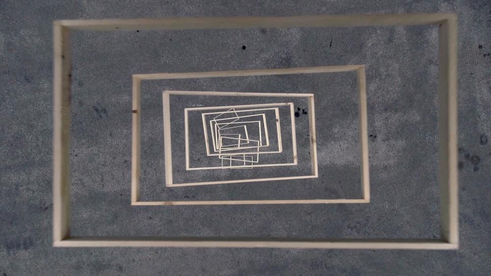 Still of 'Falling frames' by Johannes Langkamp