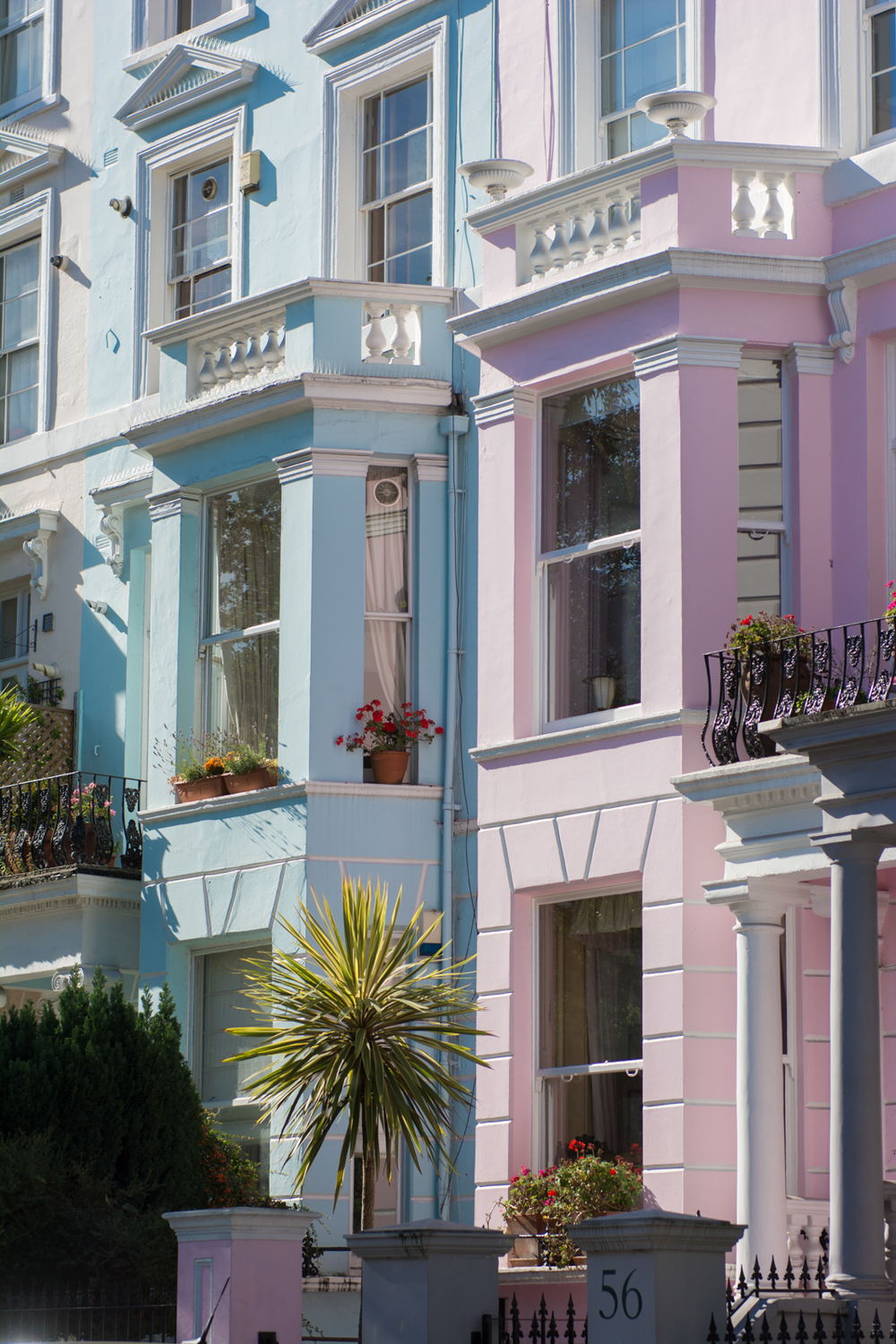 Gorgeous shades of blue & pink. Notting Hill's houses.