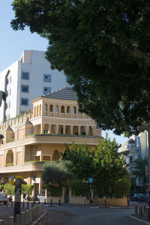 King Albert square.