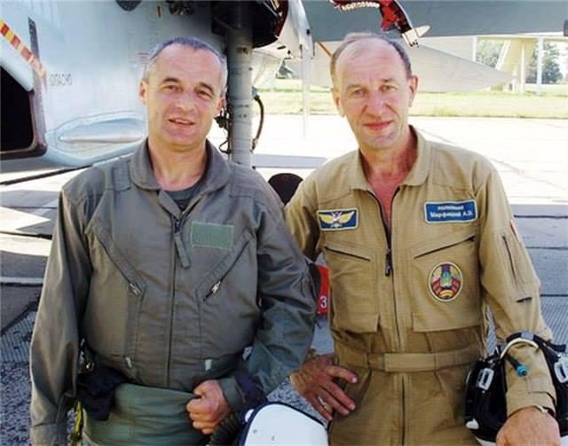 На фото слева Александр Журавлевич, справа — Александр Марфицкий