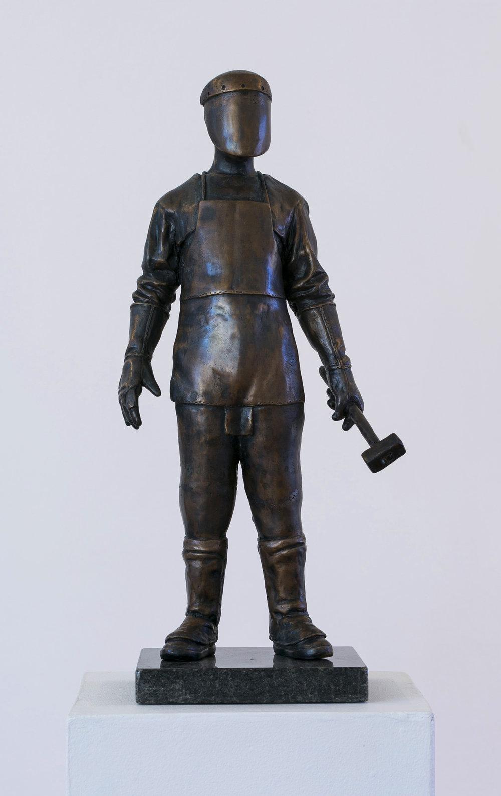 Jonathan van der Walt  The Craftsman  Bronze or resin, edition of 18  26 x 16 x 54 cm