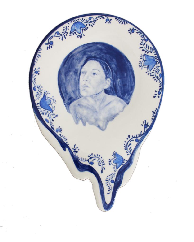 Ilené Bothma  Mid-morning Slump III   Hand-painted ceramic plate    27 x 22 cm
