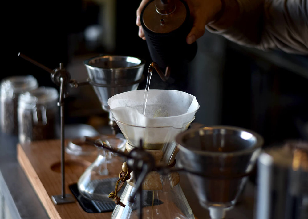 Coffee_Lab_Los_Cabos_Making_Coffee_Chemex-2.jpg