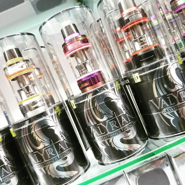 The new #uwell #valyrian tank. Be the first to check this #vapormonster out!  #vapeshop #uwellvalyrian #besttank #alldayvape #vapebosspa #cantstopwontstop #weouthere #showroom #bestshot #improof #justbecause