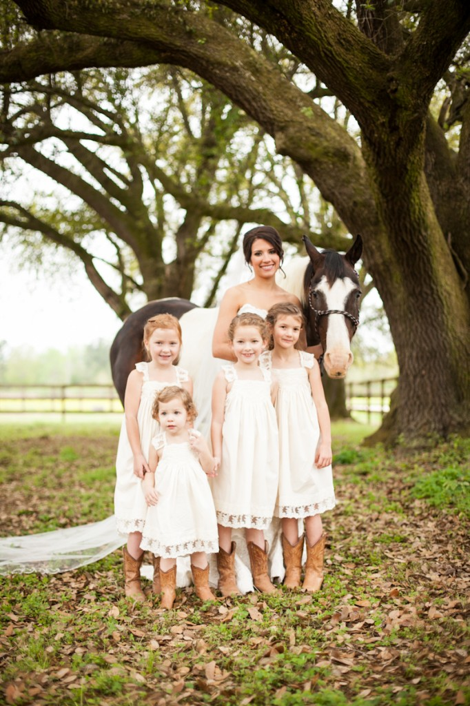 CovingtonWeddingPhotography_flowergirls_withboots