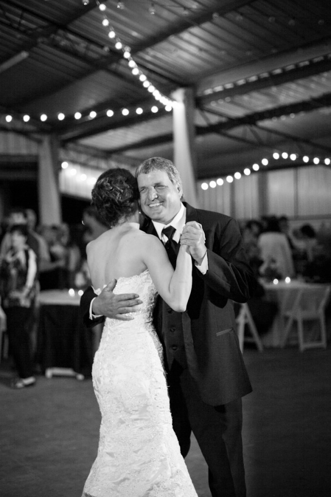 CovingtonWeddingPhotography_father_daughter_dance