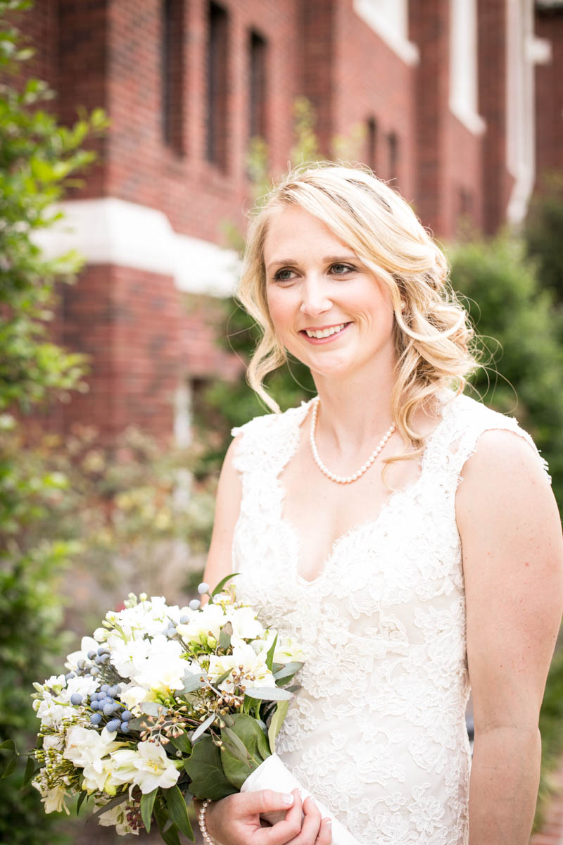 Baton Rouge Wedding, First Presbyterian Downtown, bride