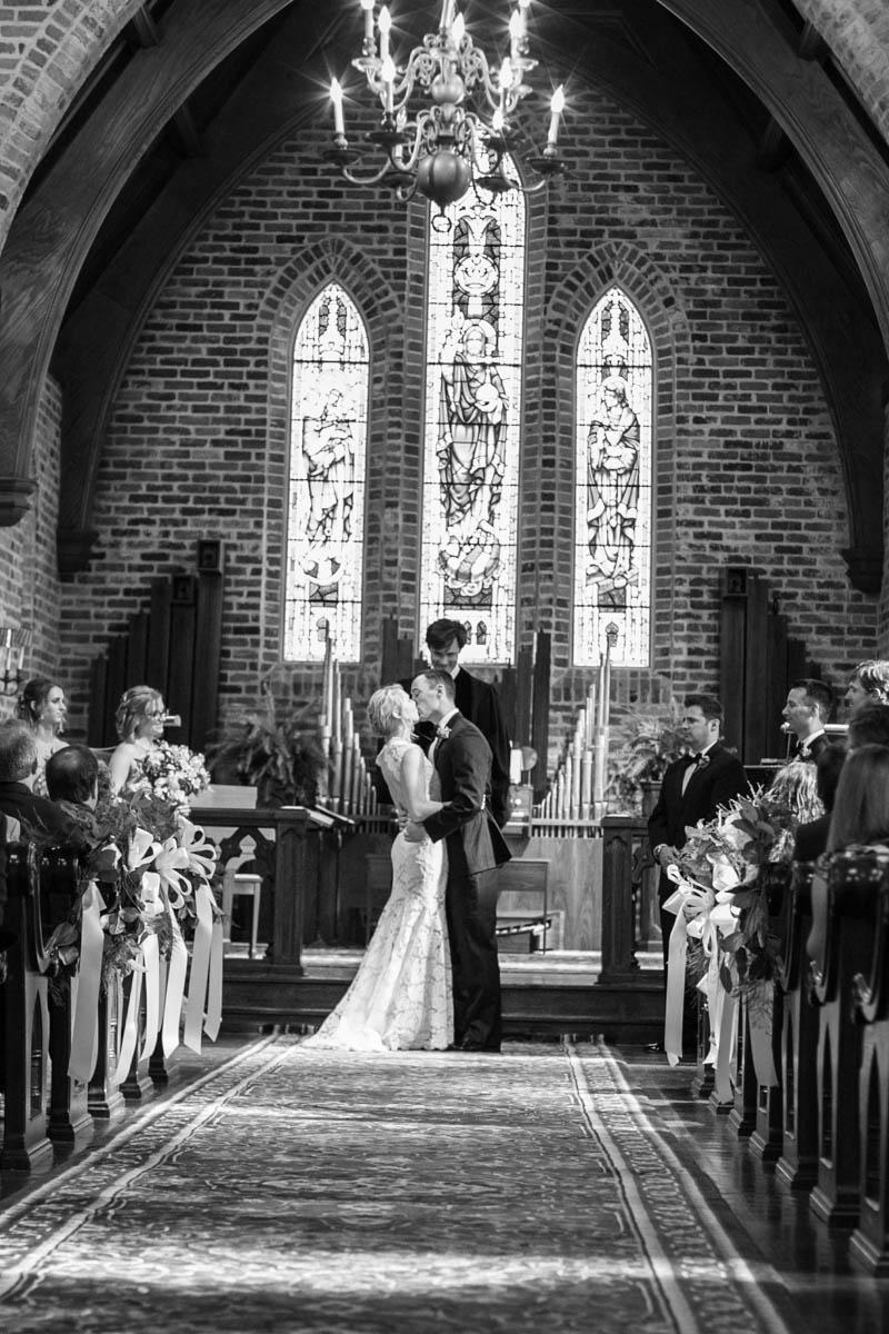 Mark&Kristen_ClaireElysePhotography-9763