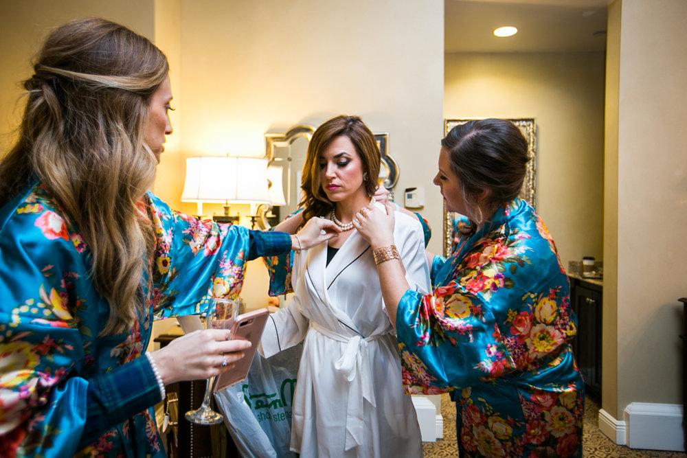 Waldorf Astoria Bride getting ready