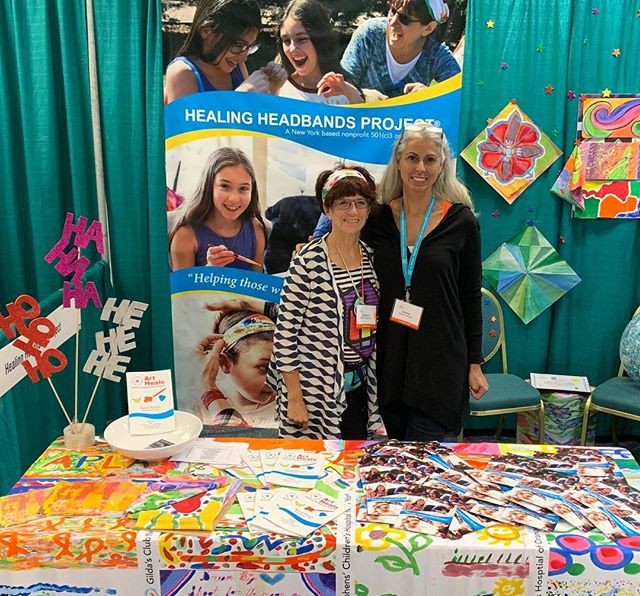 Healing Headbands Project exhibiting at Booth 21. Thank you #aata2018  @arttherapyorg  American Art Therapy Association #arttherapy for a great opportunity to showcase our special #laughcreateheal workshop. 😃