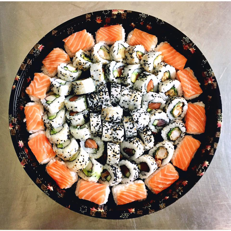 The Ocean Platter - £40   A mix of California roll, tuna roll, salmon roll, tempura prawn and salmon nigiri.