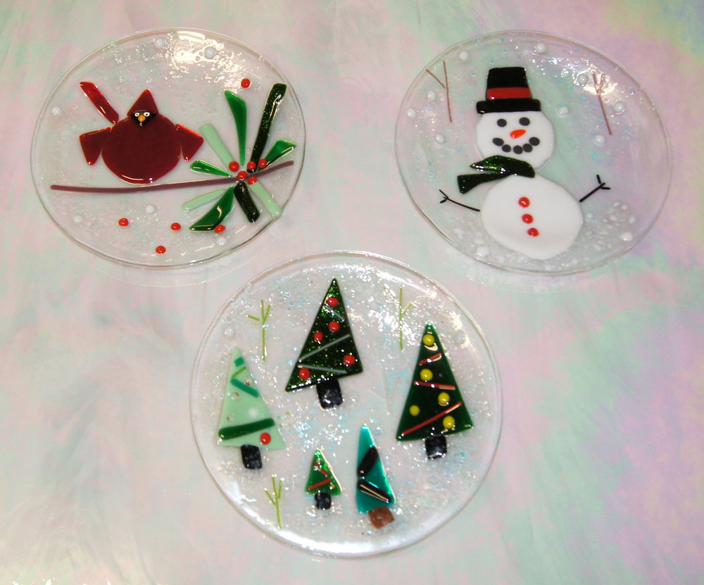 holiday plates 17.JPG