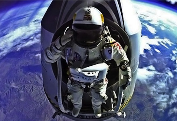 Red-Bull-Stratos-Felix-Baumgartner-And-Capsule-High-Altitude-Salute.jpeg