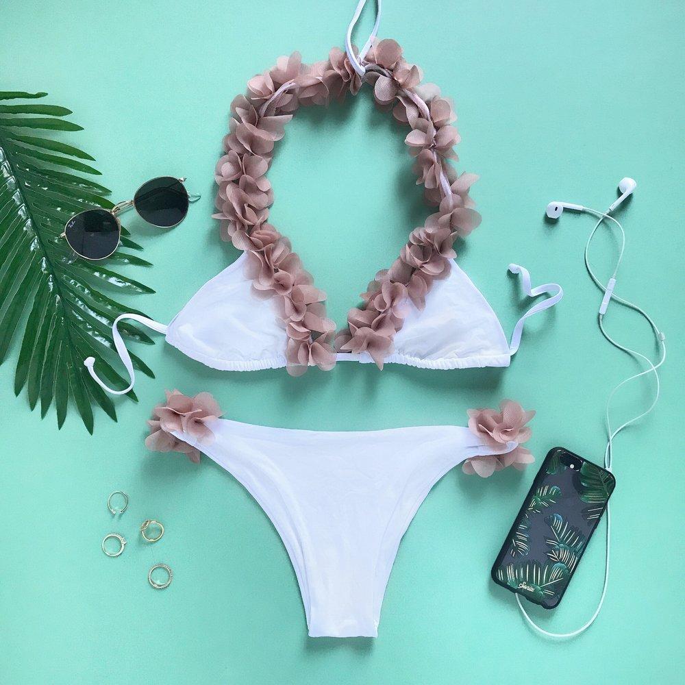 Handmade flower bikini by LaReveche