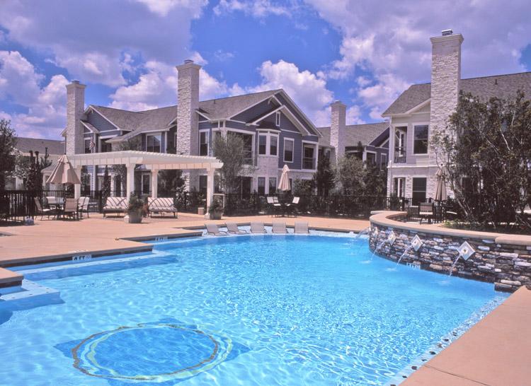 pool area 01.jpg