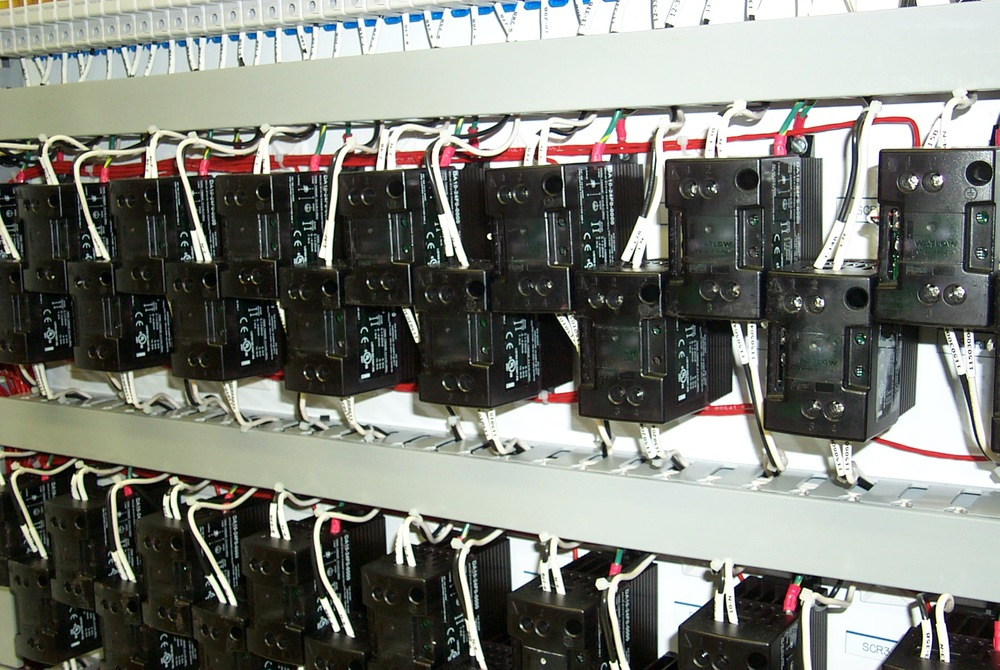 Array of  Watlow DIN-A-MITE SSR power switching devices.